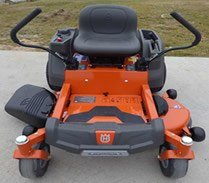 Husqvanra Z246 riding lawn mower front