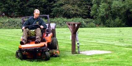 Zero turn mowers offer incredible manoeuvrability