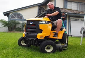 Cub Cadet XT1 is great for all ages